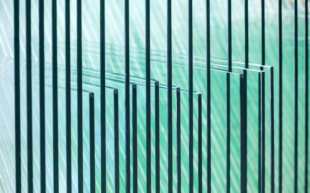 Piaskowanie szkła. Charakterystyka procesu